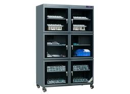 正确认识和理解电子防潮箱厂家的电子防潮箱