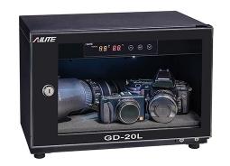 防潮盒使用电子湿度传感器自动检测盒中的水分含量